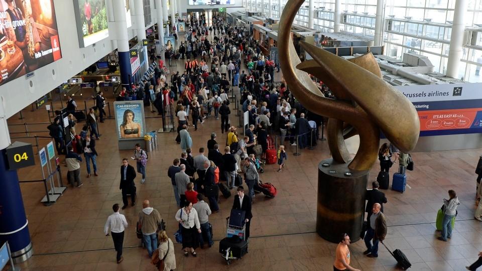 brüsszeli repülőtér (Array)