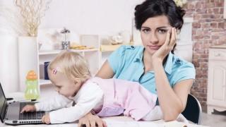 dolgozó anya (Array)