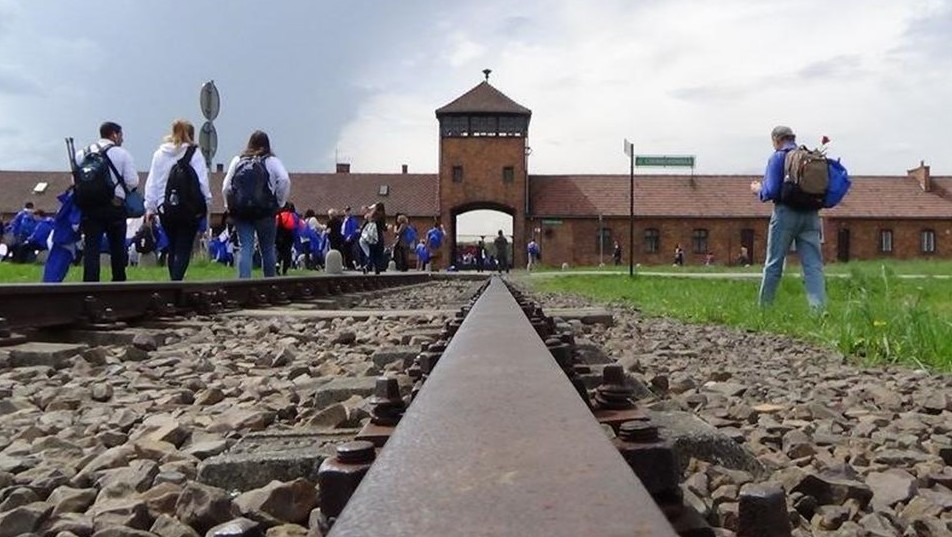 elet-menete-Auschwitzba(960x640).jpg (Array)