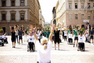 flashmob (Array)