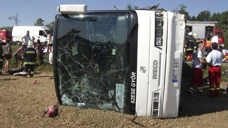győri buszbaleset (Array)