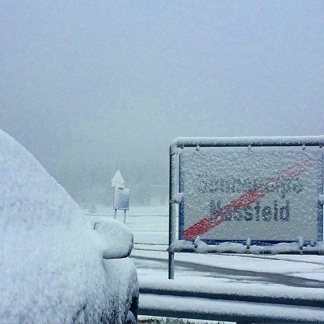 májusi havazás ausztria (Array)
