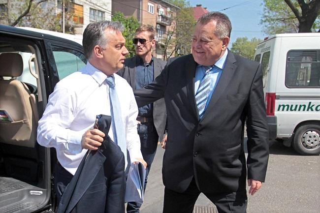 orbán bayer 2 (Array)