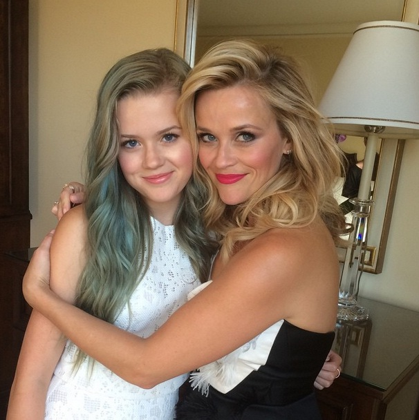 reese (reese witherspoon, )