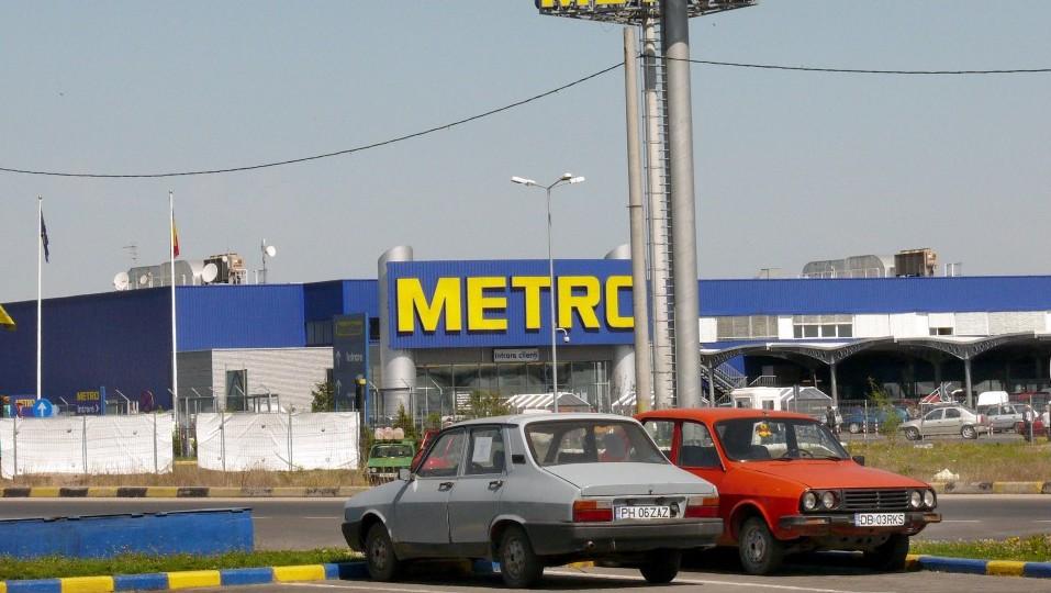 román bevásárlóközpont (Array)