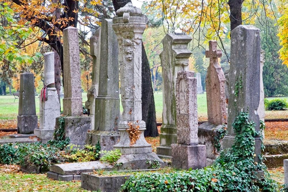 temető (Array)