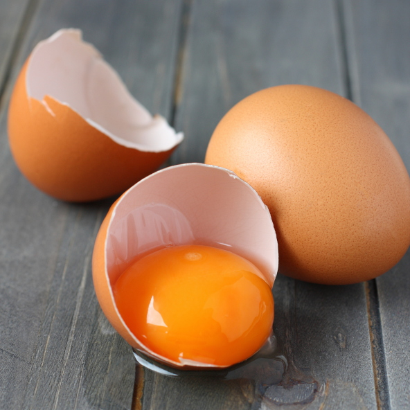 tojássárgája (Array)