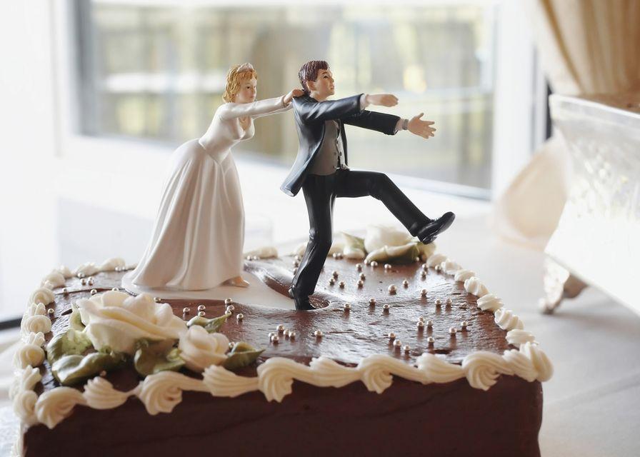 válás (Array)