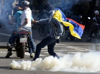venezuela tüntetés 2 (Array)