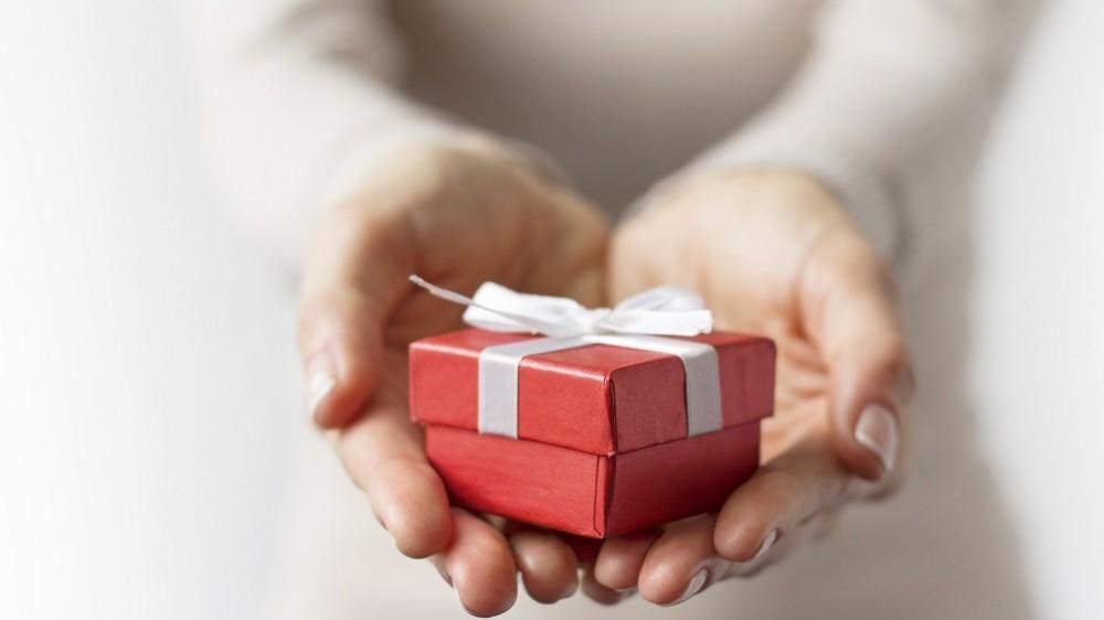 Ajándék (Array)