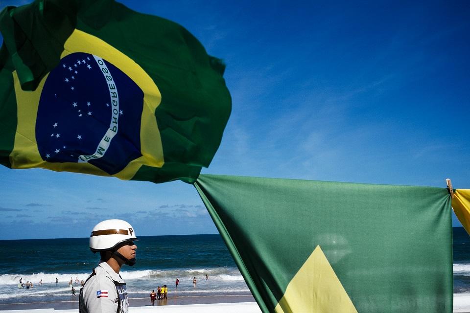 Brazil rendőr (Array)