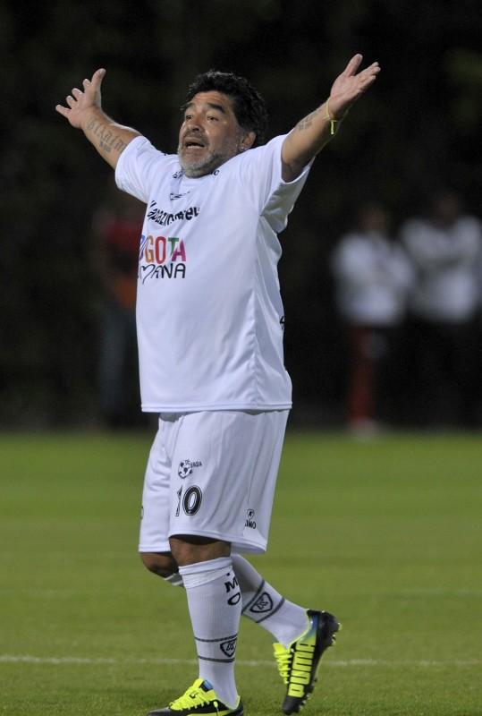 Diego Maradona (Array)