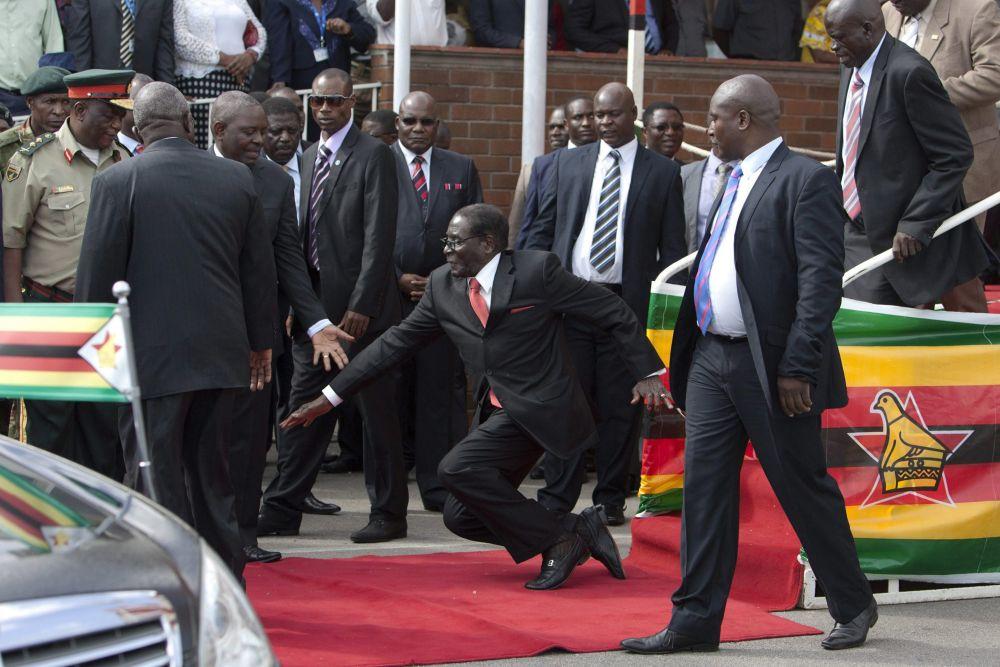Mugabe esése (Array)