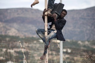 Nincs kerítés, ami át nem mászható, lead, menekült, határzár (Array)