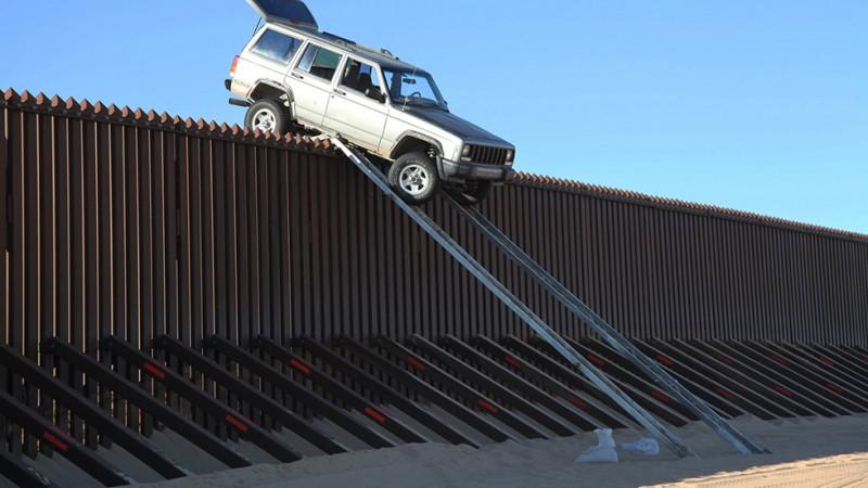 Nincs kerítés, ami, menekült, határzár 08 (Array)