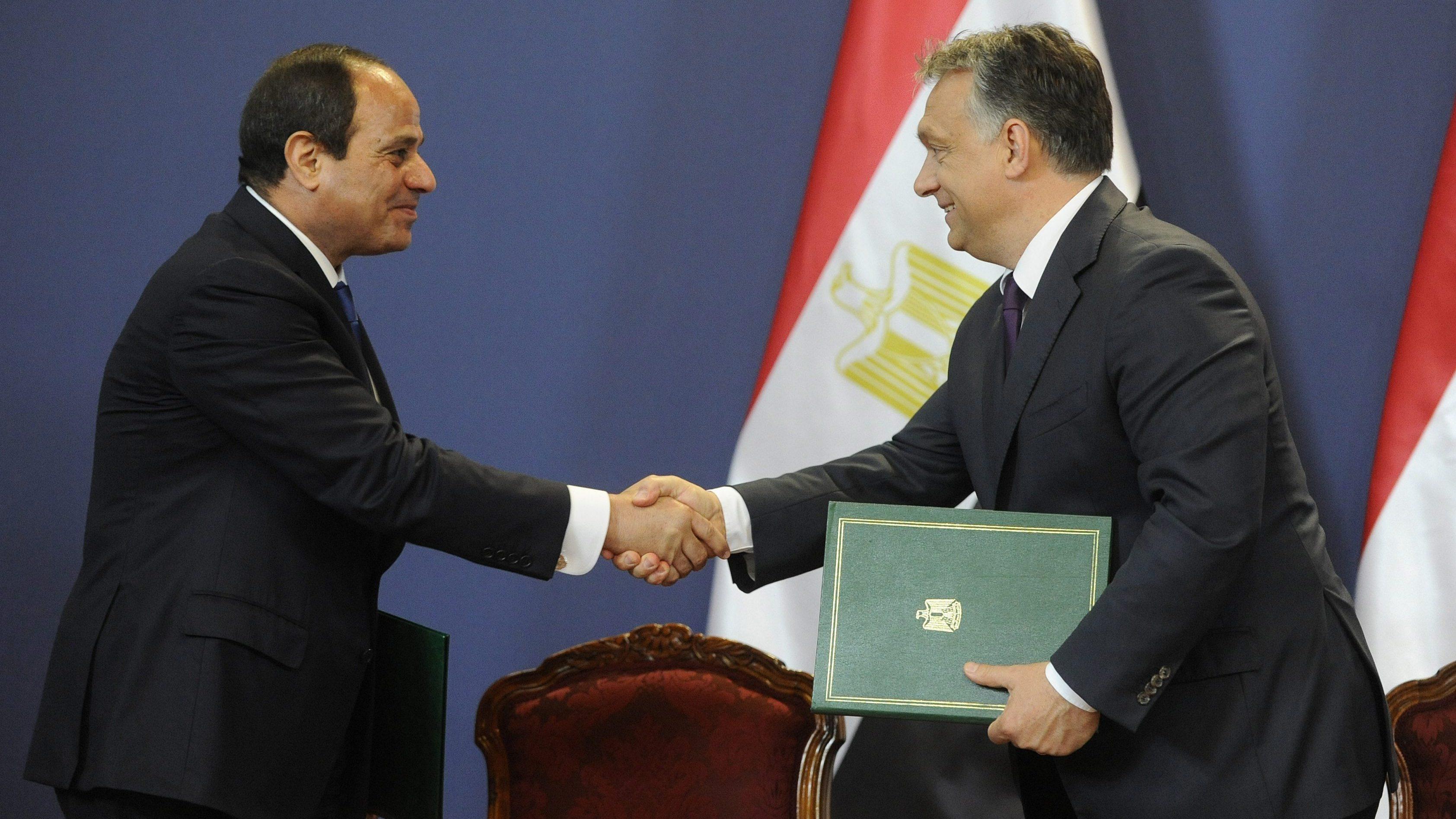 Orbán Viktor és Abdel-Fattáh esz-Szíszi  (Array)