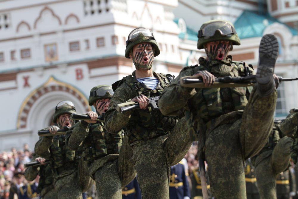 Orosz-katona(960x640).jpg (Array)