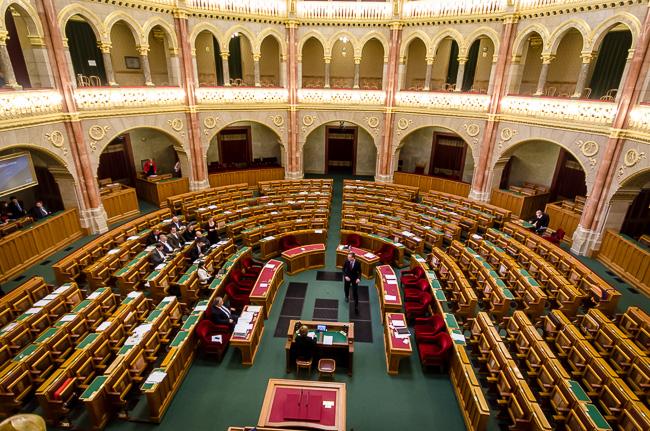 Parlament, Jobbik (Array)
