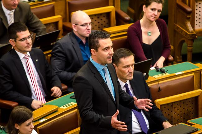 Parlament, Vona Gábor (Array)