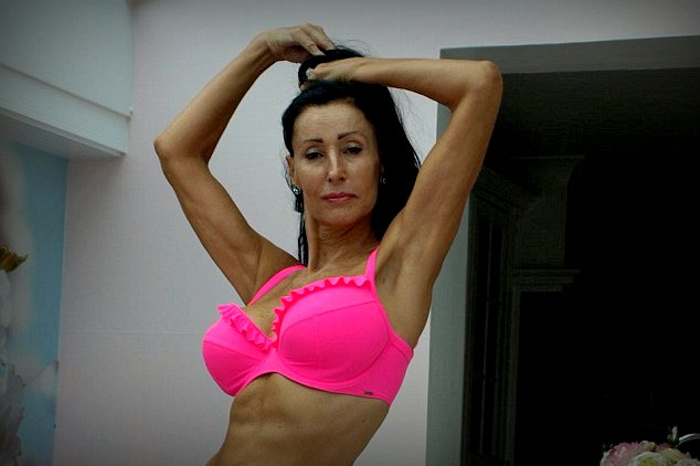 Stephanie Arnott  (Array)