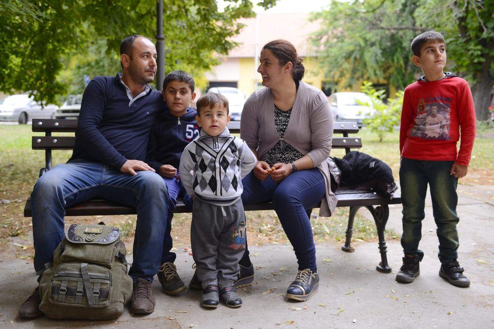Szír menekült család (Array)