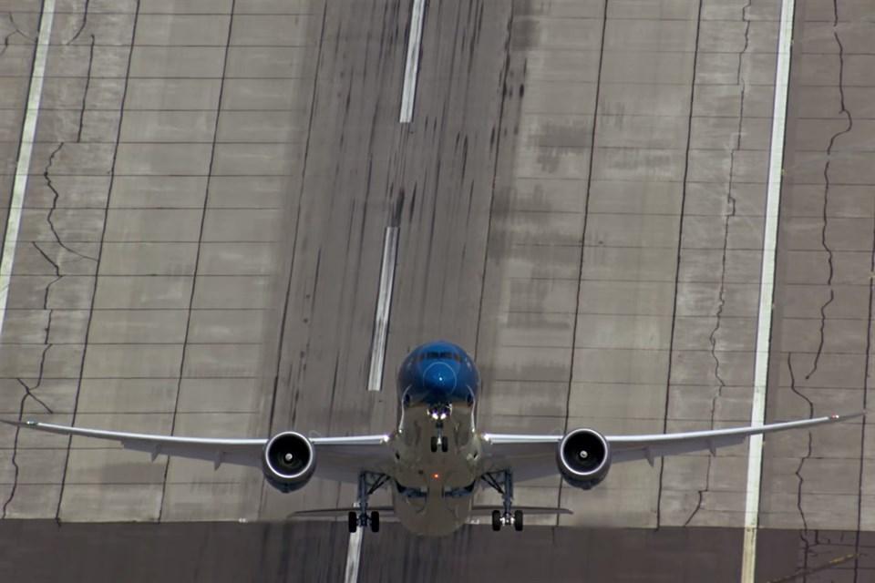 boeing-787-9-felszallas(960x640).jpg (Array)