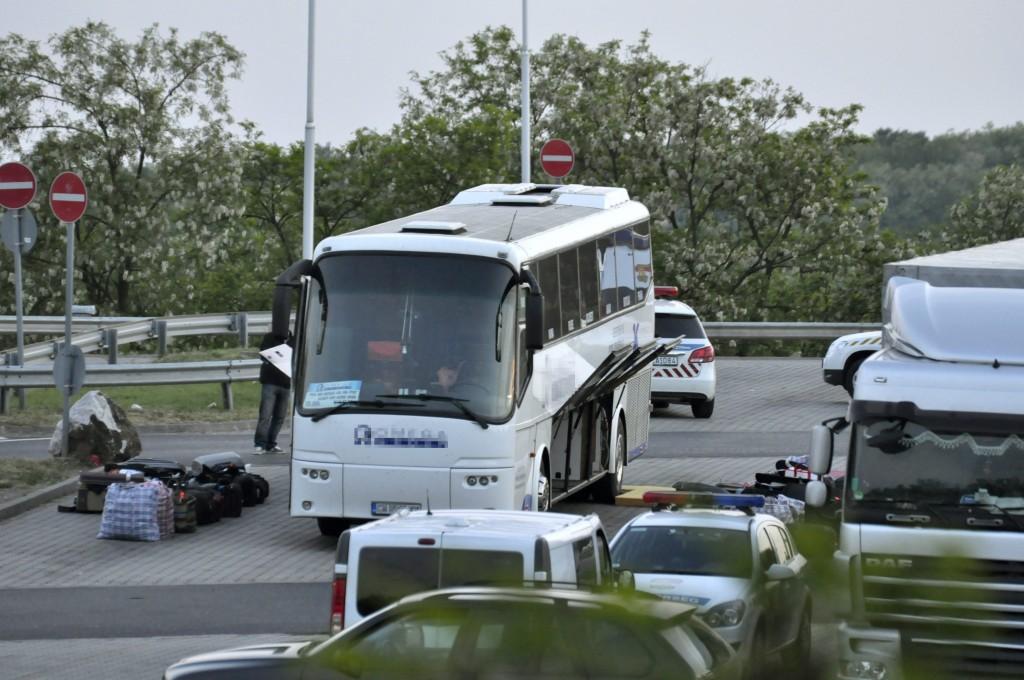 bolgár busz bombával (Array)