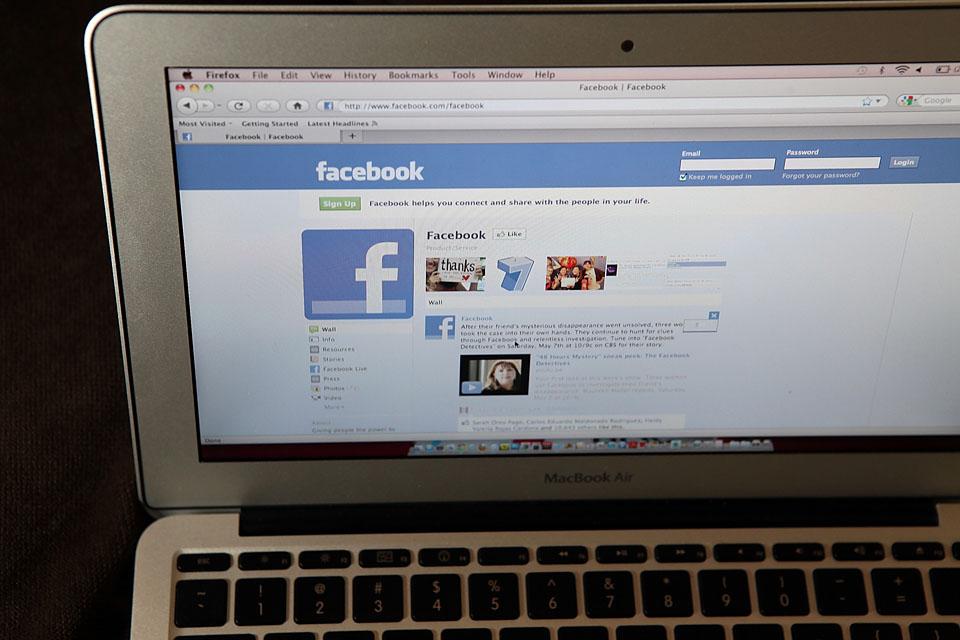 facebook (Array)