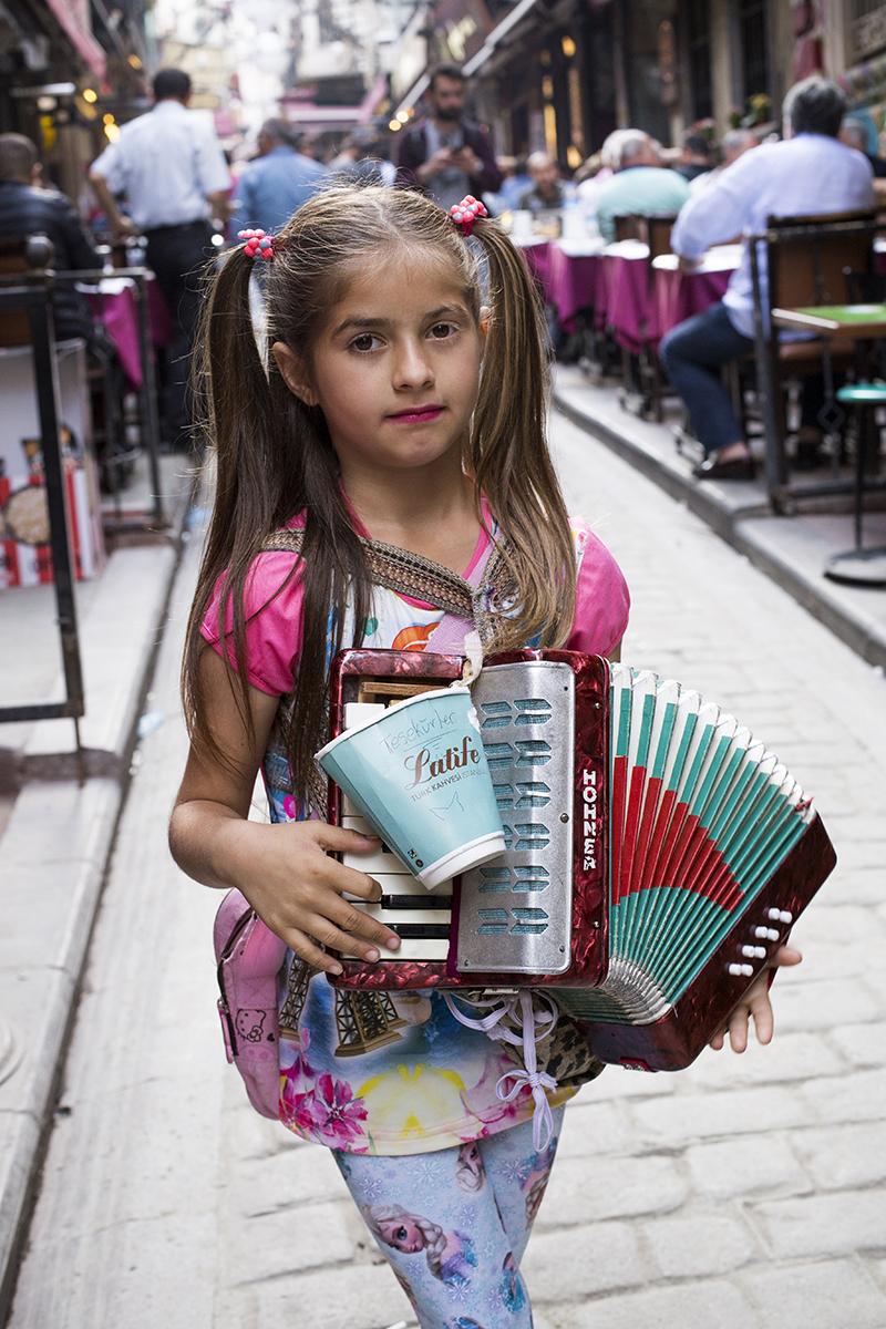gyerek, isztambul 13 (Array)