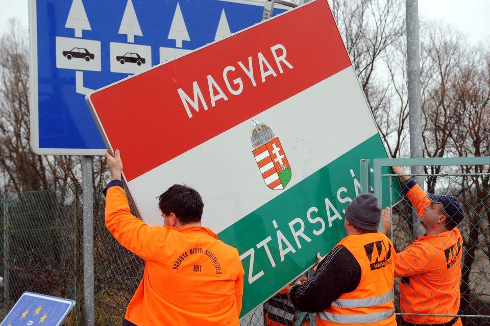 magyar köztársaság tábla (Array)