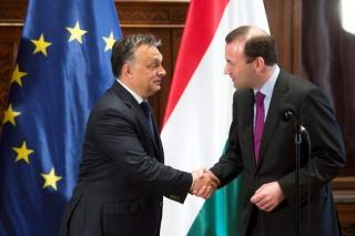 orbán, weber (Array)