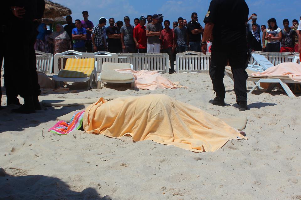 tunéziai merénylet (Array)