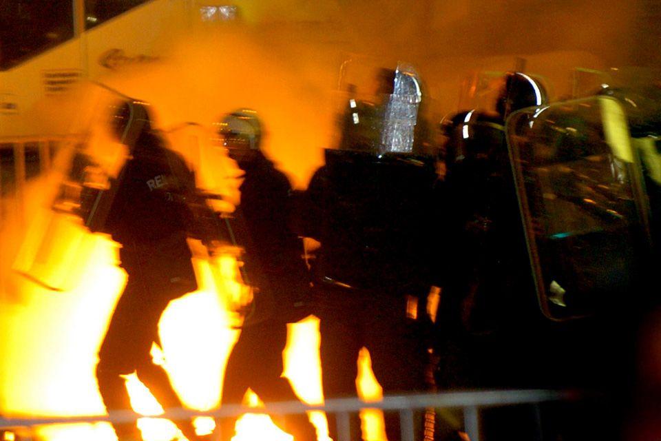 2006-os zavargások (Array)