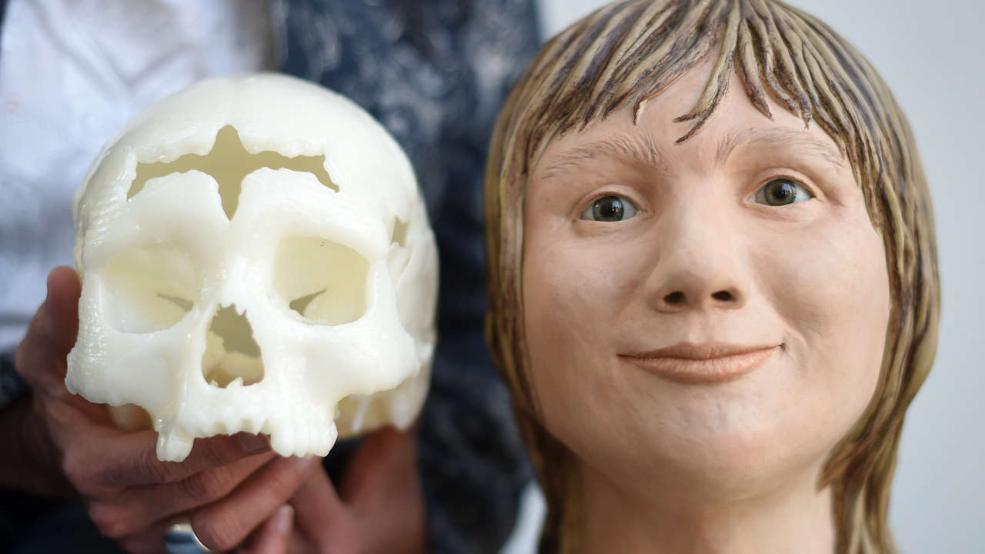 5600 éves koponya (Array)