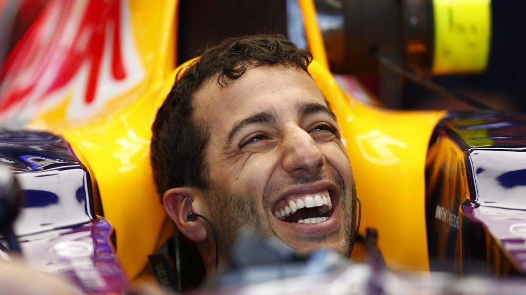 Daniel Ricciardo (Array)