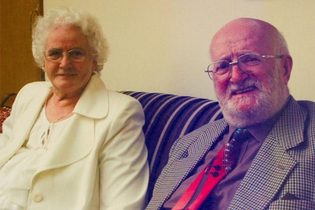 Egy angol házaspár a bizonyíték: a szerelem mindent legyőz (Array)