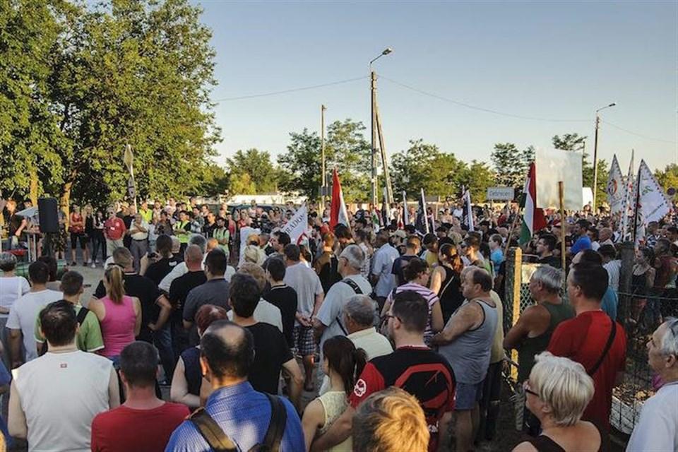 Jobbik-tuntetes-Debrecenben(1)(960x640).jpg (Array)