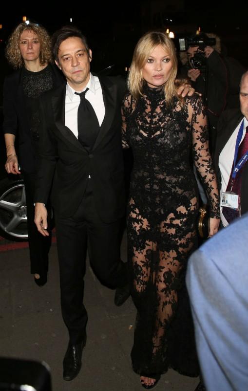 Kate Moss és Jamie Hince (Array)