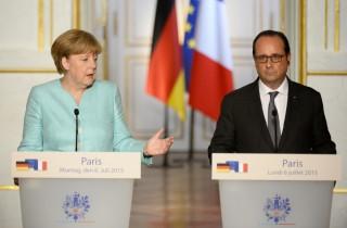 Merkel és Hollande (Array)