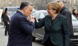 Merkel kézcsók (Array)