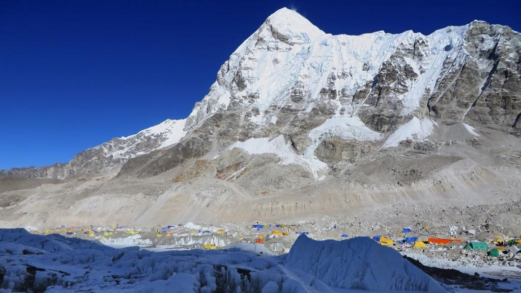 Mount-Everest(960x640).jpg (Array)