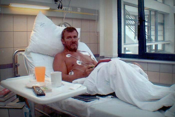 Nagy Bandó kórházban (Array)