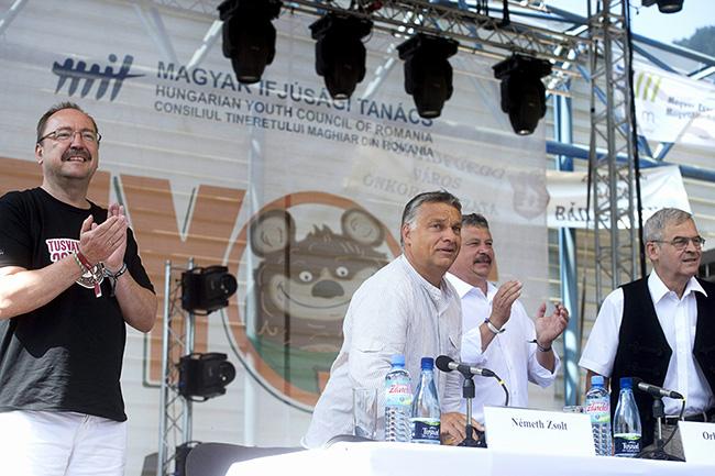 Tusnádfürdő, ORbán Viktor, Tőkés László, Albert Tibor, Német Zsolt (Array)