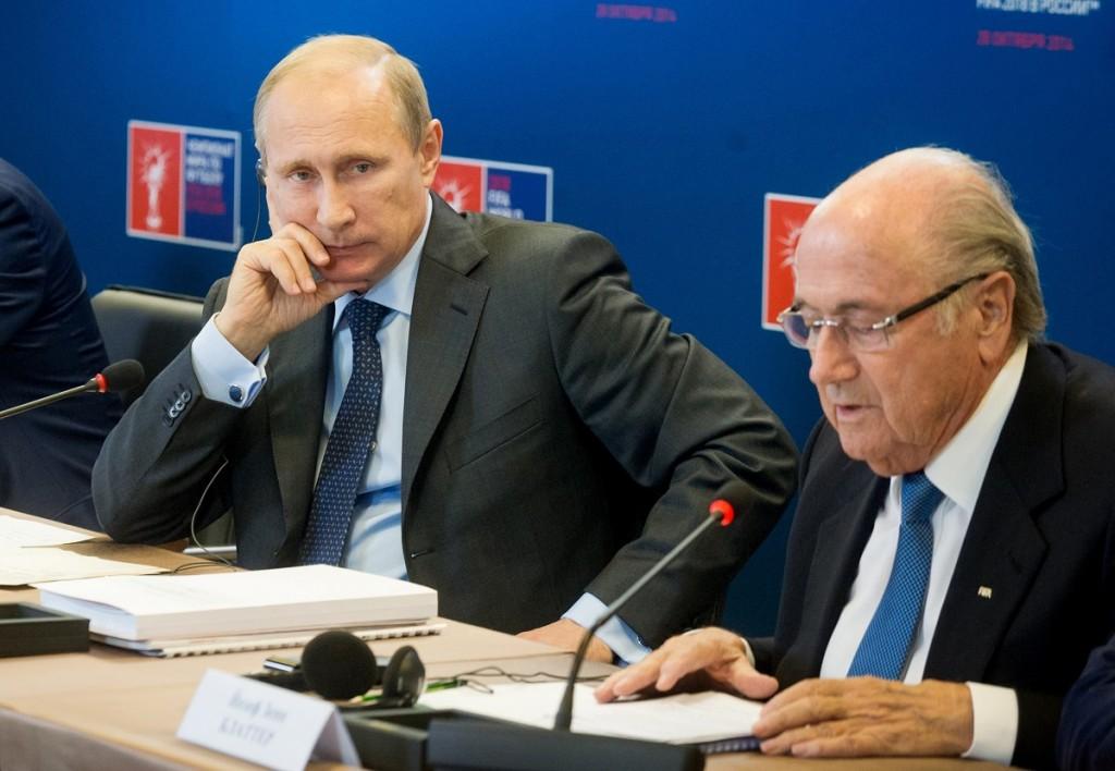 Vlagyimir Putyin, Joseph Blatter (Array)