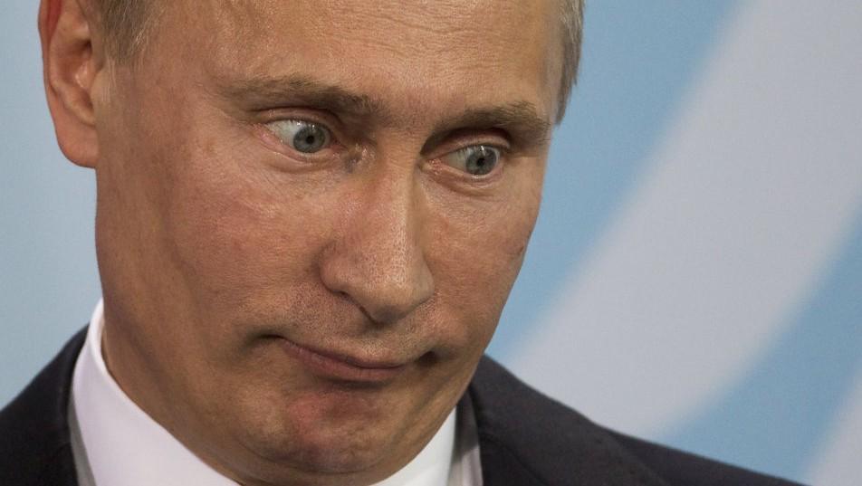 Vlagyimir Putyin (Array)