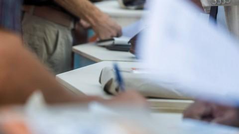 aláírásgyűjtés (Array)