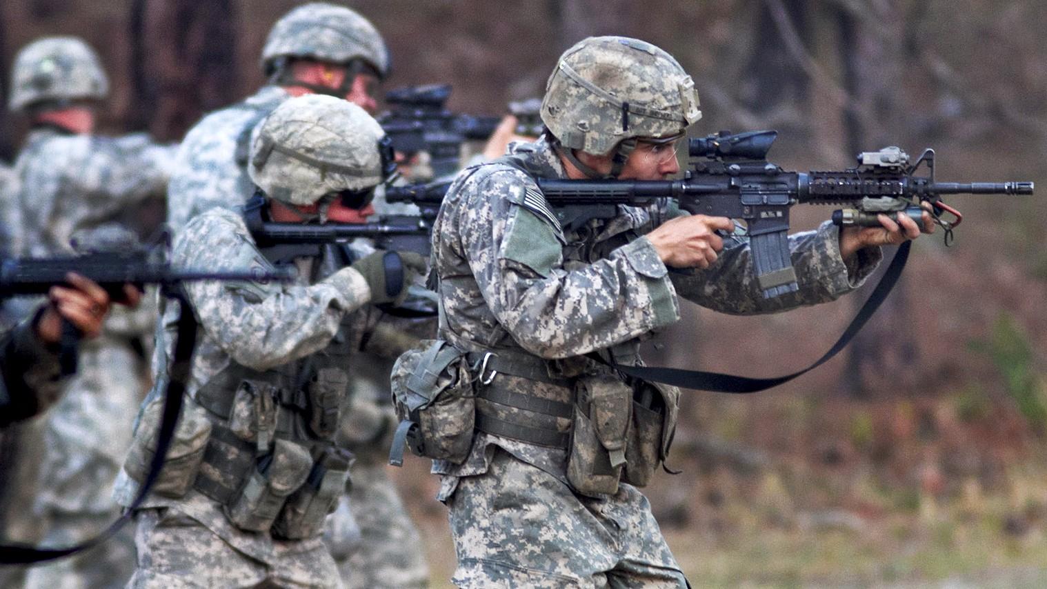 amerikai hadsereg (Array)