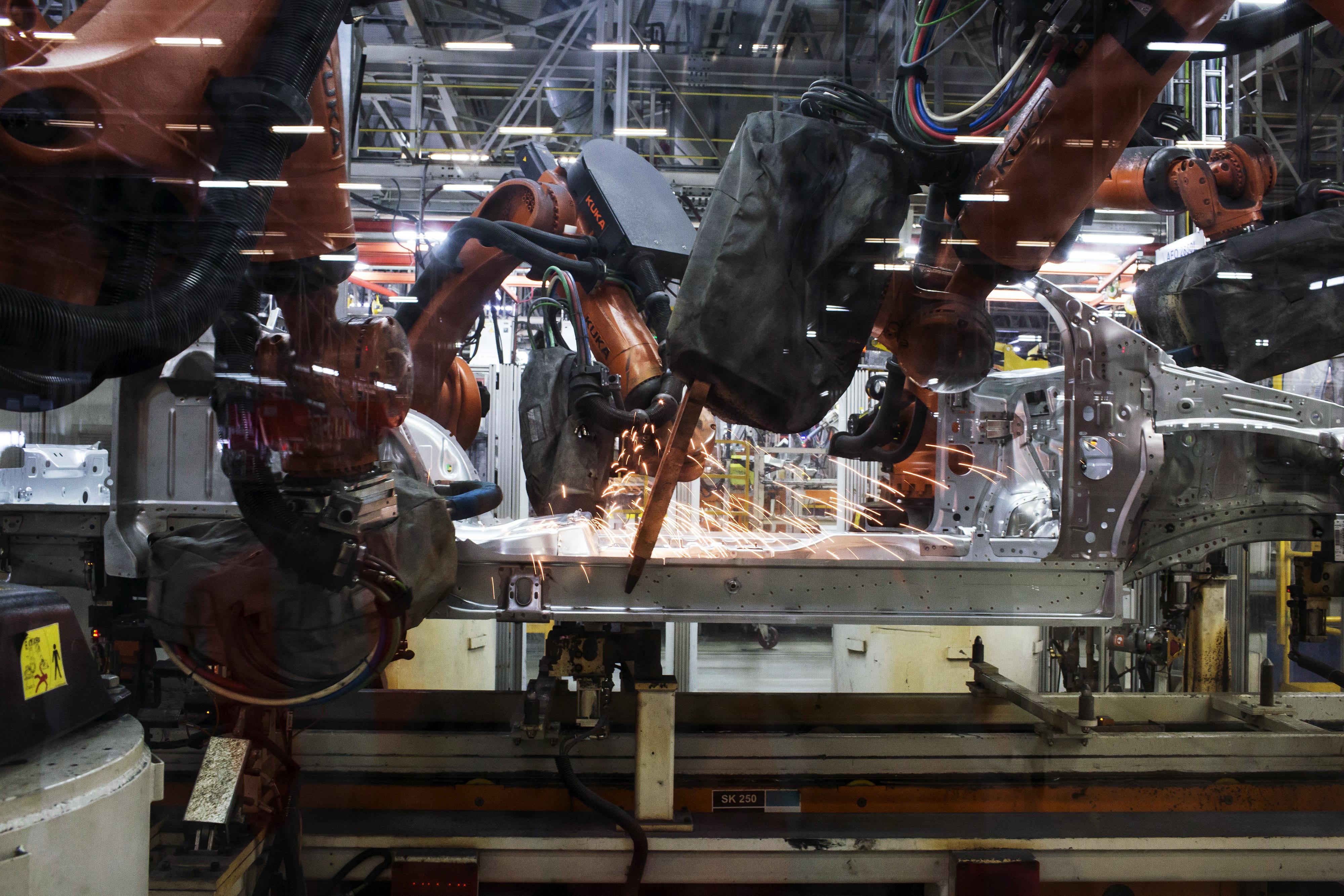 autógyári robot (Array)