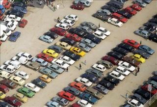 autókereskedés (Array)