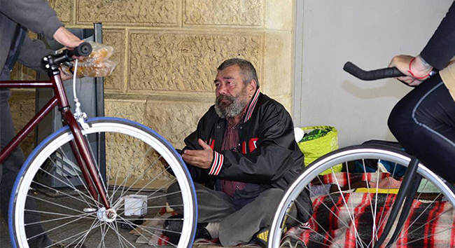 budapest bike maffia (Array)